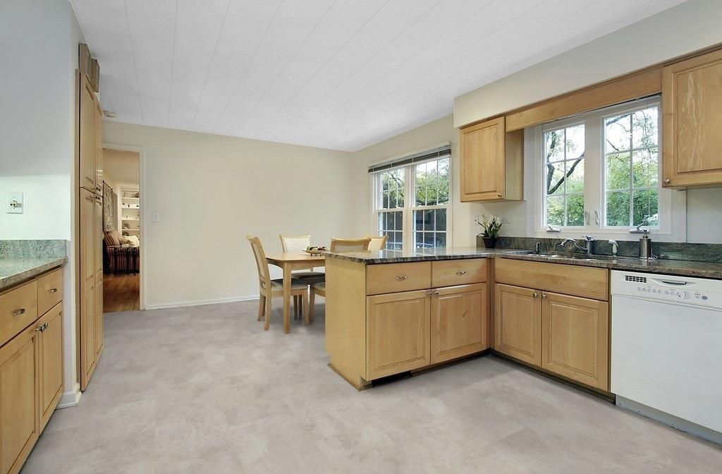 moderna laminat steinoptik naturstein hell attraktive v fuge. Black Bedroom Furniture Sets. Home Design Ideas